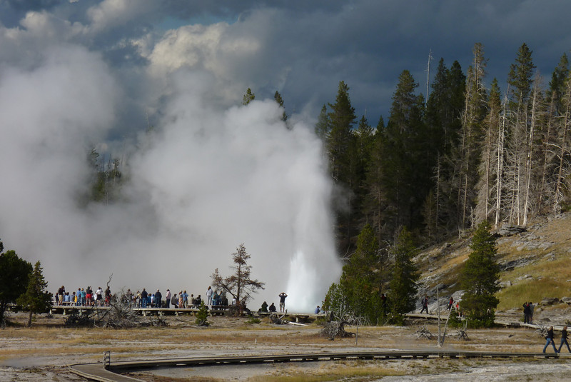 Our binoculars and telephoto camera give us nice looks at the Grand Geyser.