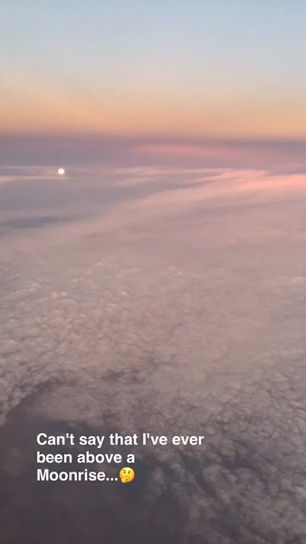 Moonrise from 35k feet