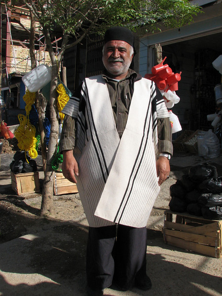 special dress (Ardal, Bazoft valley)