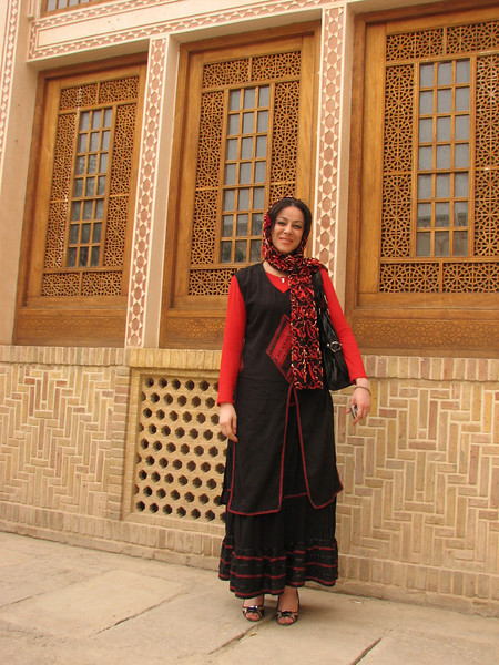 """modern"" dressed Iranian women (Ameriha historical houses)"