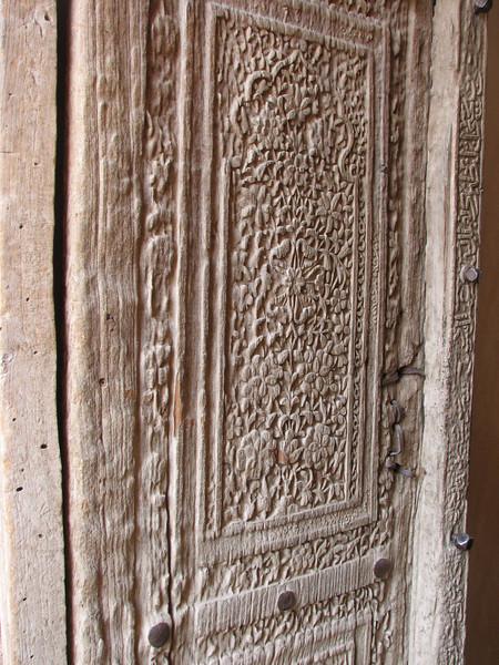 ancient carved door (Jamii mosque, Natanz)