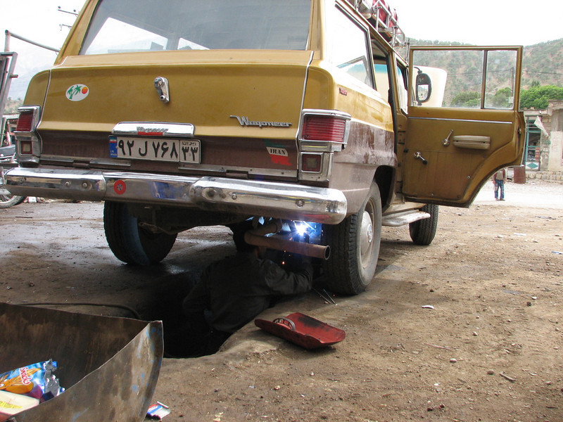 repairing the shock absorber in the welding shop (Bazoft valley)