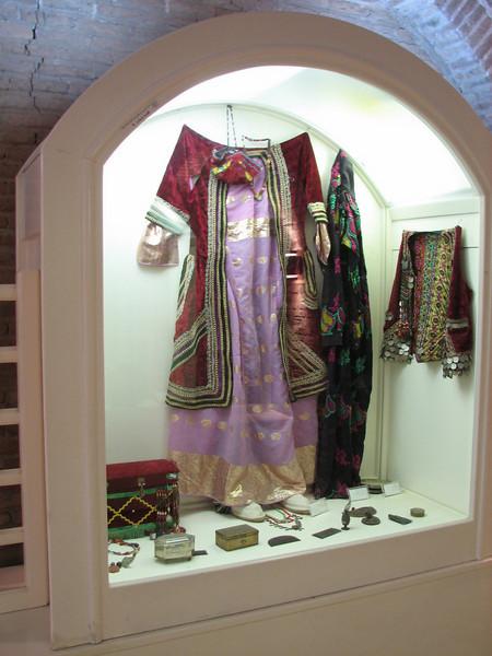 Lorestan clothes (Falak-ol-Aflak, Khorramabad)