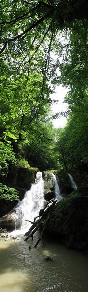 panorama Loweh waterfall