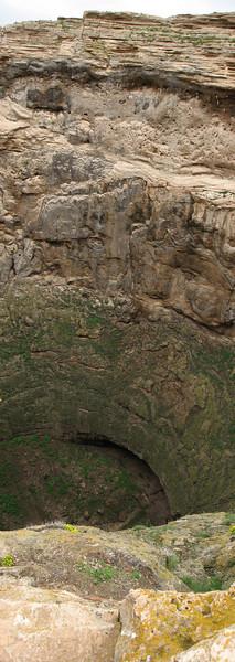 "crater of the vulcano, ""Prison of Salomon"" (Iran, Azarbayjan-e-Gharbi, Takht-e-Soleyman 2235m (32)"