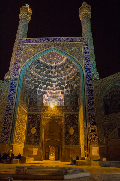 Jameh Mosque at night