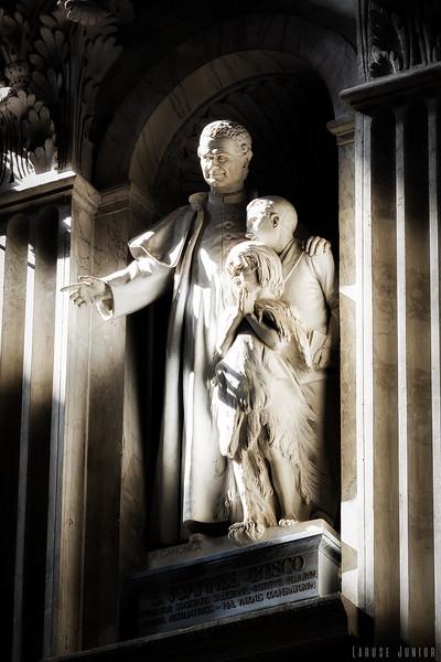 Saint Peter Basilica Statues