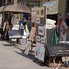Street vendors near the Basilica di Santa Maria del Fiore