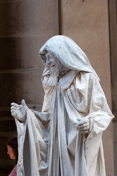 """""""Pretend"""" statues in the Piazza della Signoria"""