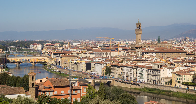 River Arno and Florence