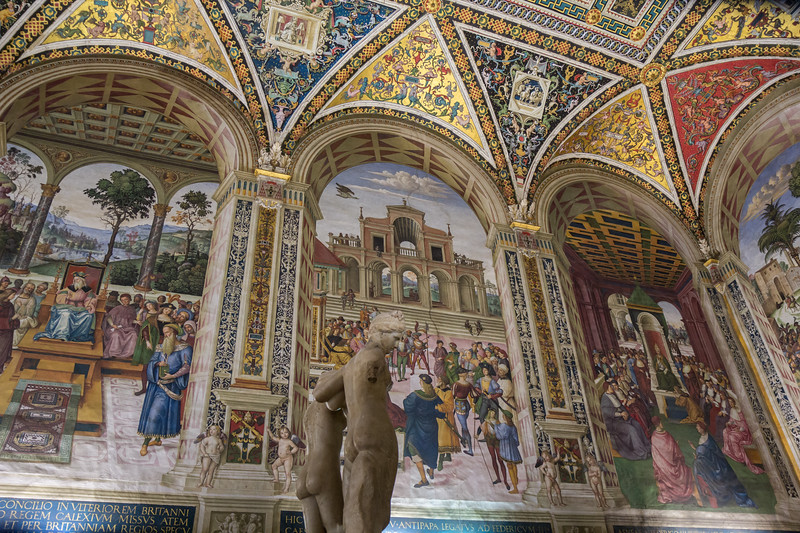 The Piccolomini Library