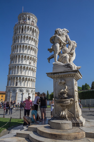 Leaning Tower and statue