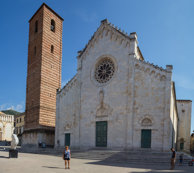 Cathedral of St. Martin (Duomo, 13th-14th centuries)