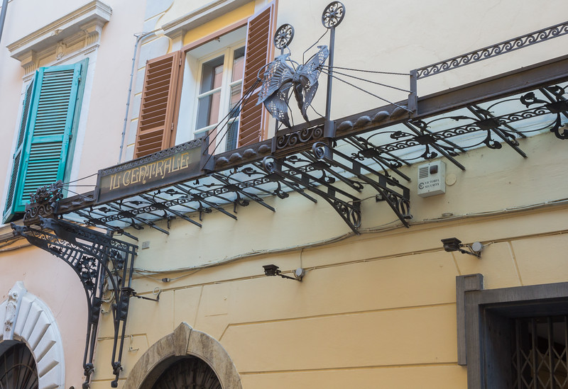 Art Nouveau ironwork