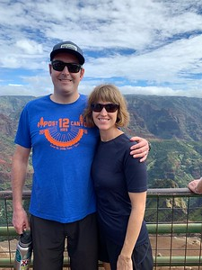 Tabitha and Rich posing in front of Wimea Canyon.