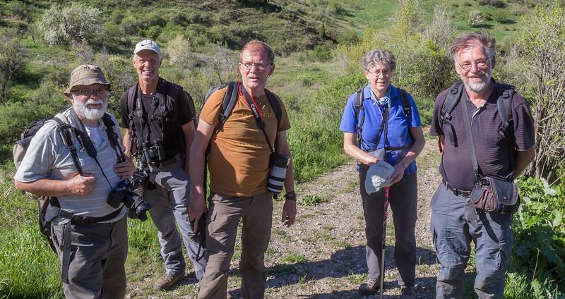 The members of our flora/fauna-group:  Harrie, Marijn, Hans, Arien and Kok