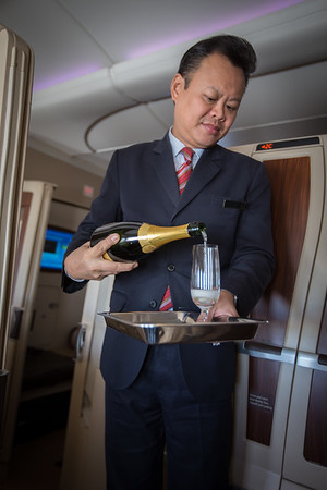 Pouring the Krug