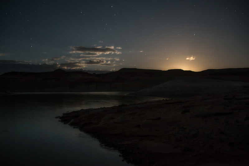 Lake Powell - Moonrise from Houseboat