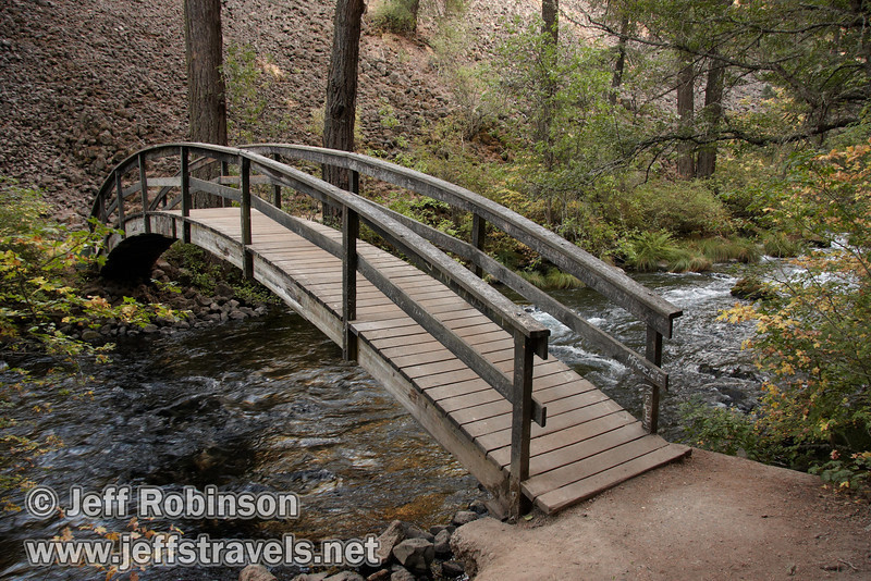 The loop trail bridge over Burney Creek (9/9/2009, Burney Falls Loop Trail, Burney Falls SP)