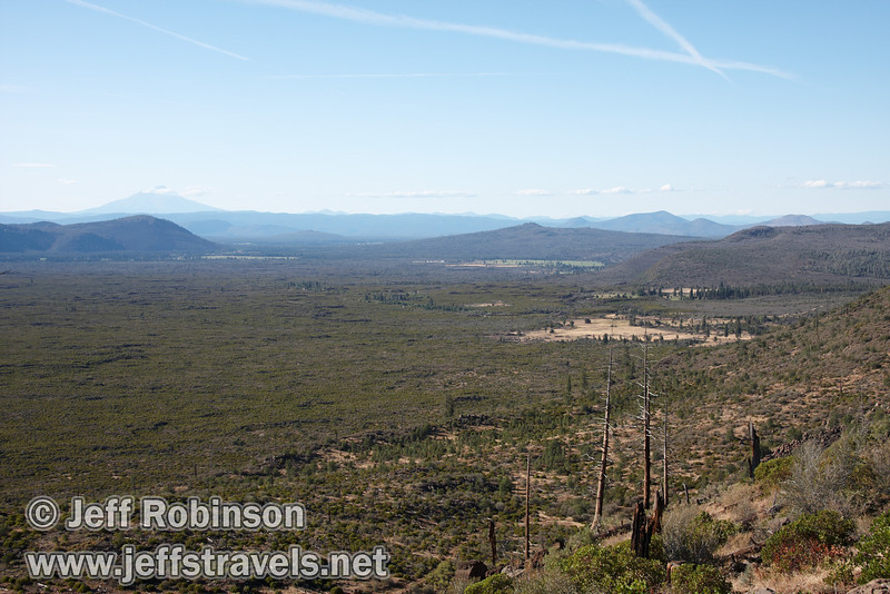 Northerly view from the rim with Mount Shasta visible (distant left) (9/6/2009, Hat Creek Rim hike, Pacific Crest Trail near 44/89 junction)