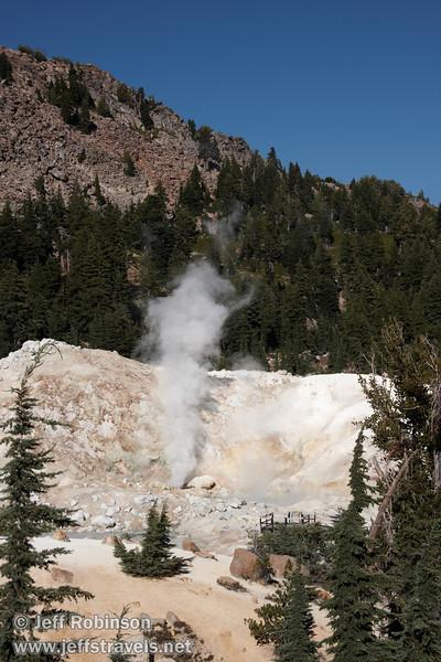 Steam plumes rising in the air at Bumpass Hell (9/7/2009, Bumpass Hell Trail, Lassen NP)