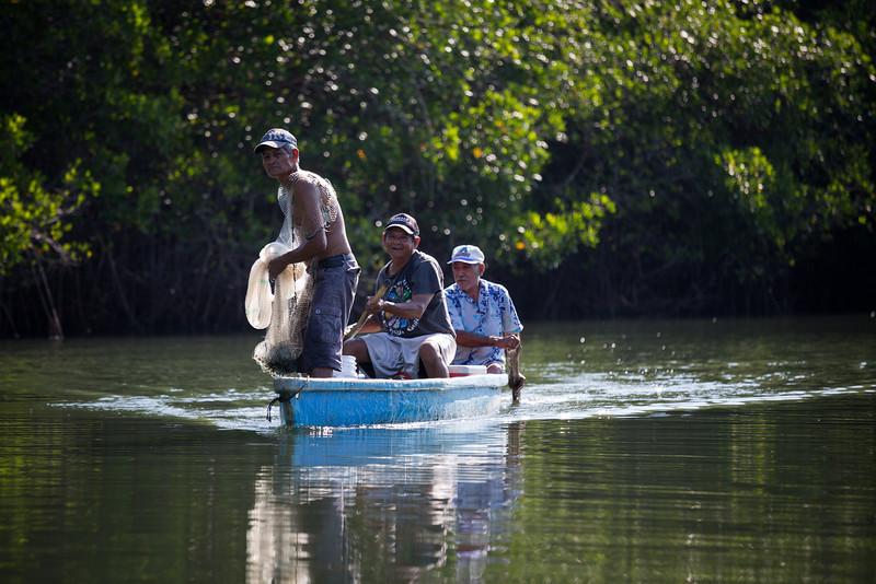 Bara de potosi's fishermen