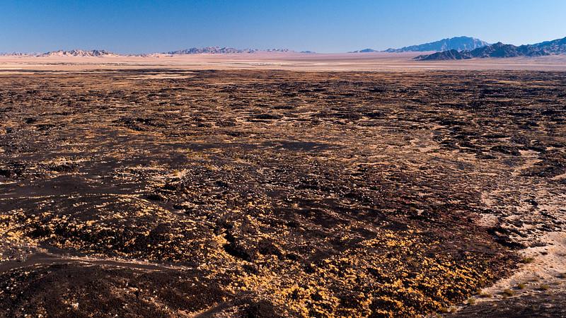 <em>Lavascape</em> Amboy Crater Copyright 2008 Ken Walsh