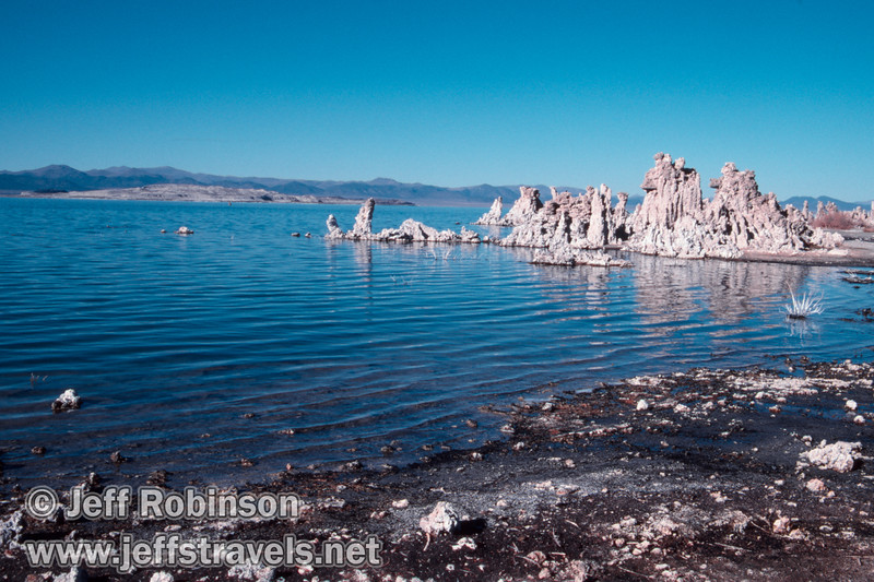 Tufa at the shore of Mono Lake, with Paoha Island in the background. (South Tufa, Mono Lake 2002)
