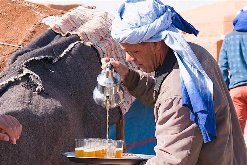 Tea in the Sahara-1070836