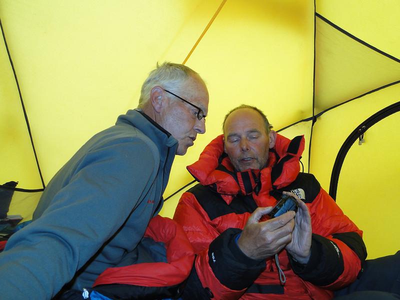 17.20h Evaluation climb Island Peak with photocamera,  Island Peak Base Camp 5000m