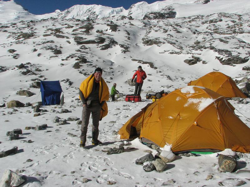 Mera Peak base camp (Mera La) 5350m-Mera Peak advanced camp 5800m