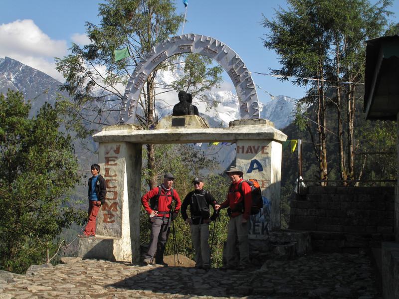 Entrance Gate of Sagarmatha National Park, (Everest Nat. Park) Lukla 2800m-Monjo 2900m