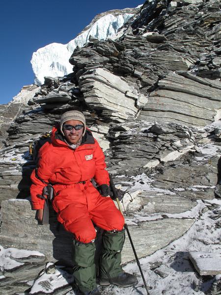 6.33h Mingmar Sherpa, ascending Island Peak summit 6160m
