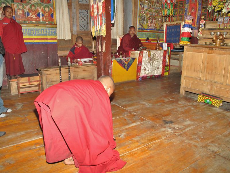 Monastery and monk school, Puyan 2750m-Pangkom 2850m