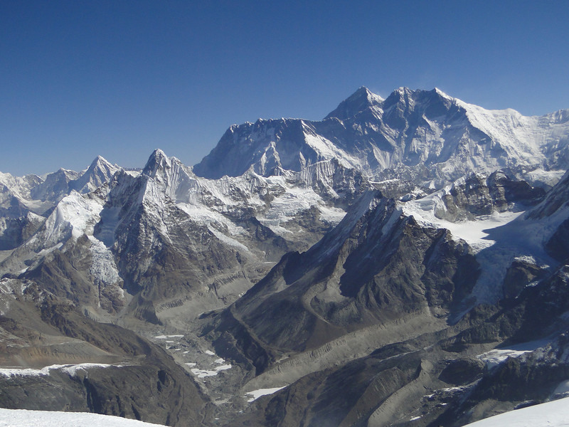Mera Peak, summit 6476m, in the background Lhotse and Mount Everest