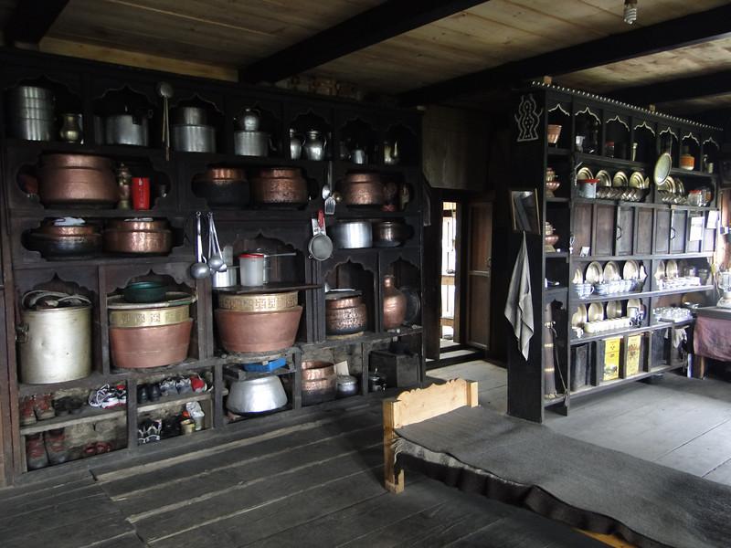 Storing food, interior of a Sherpa home. Puyan 2750m-Pangkom 2850m