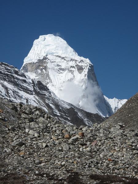 Amai Dablang 6856m, Island Peak Base Camp 5000m-Deboche 3650m
