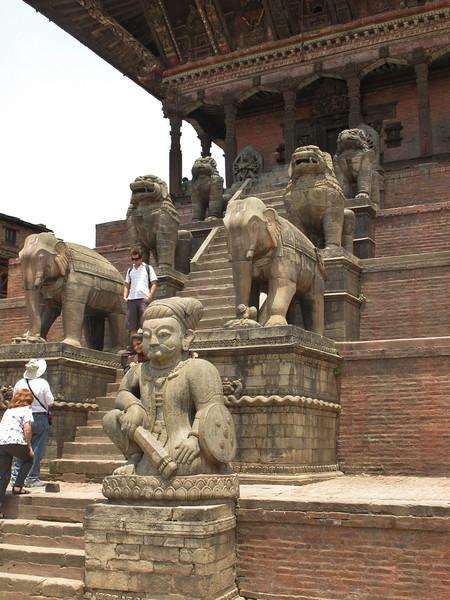 Siddhi Laxmi Temple, Newari engineering, Dattatreya Square, Baktapur