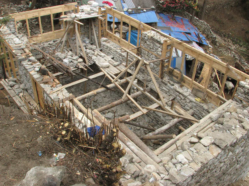 Construction work, Monjo 2900m-Namche Bazaar-Tengboche-Deboche 3630m