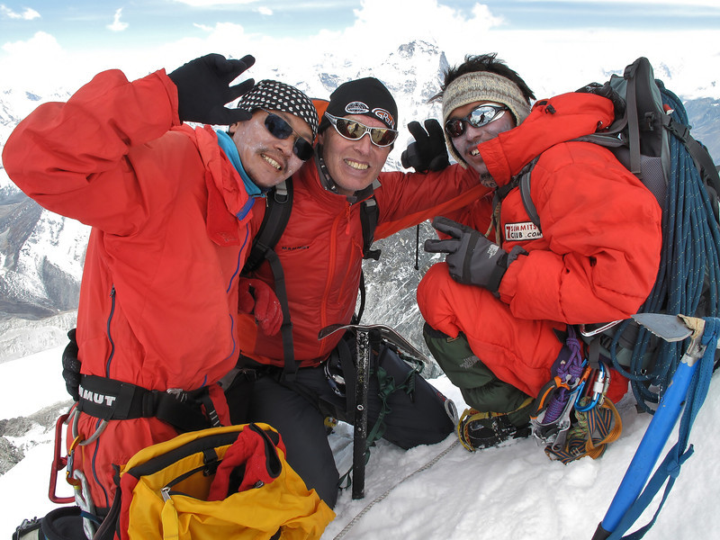 10.50h Ang, Marijn and Mingmar on the summit of Island Peak (Imja Tse) 6189m