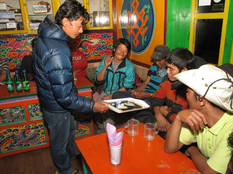 Raffle of usefull expedition stuf, Expedition Farewell Party, Lukla 2800m