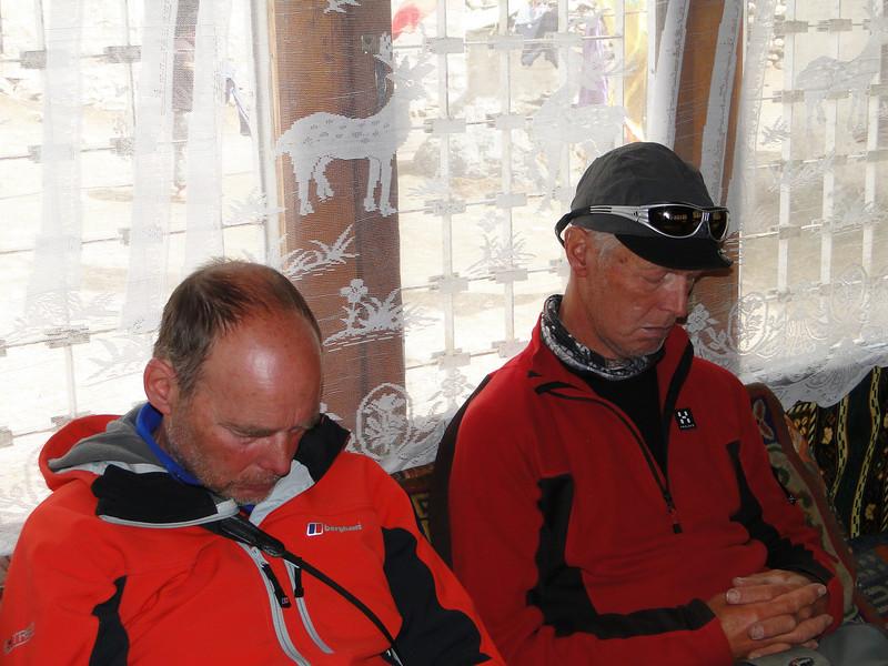 Sleeping after 18km (7,18h) walking, asc. 86m and desc. 1288m, Camp Deboche 3650m