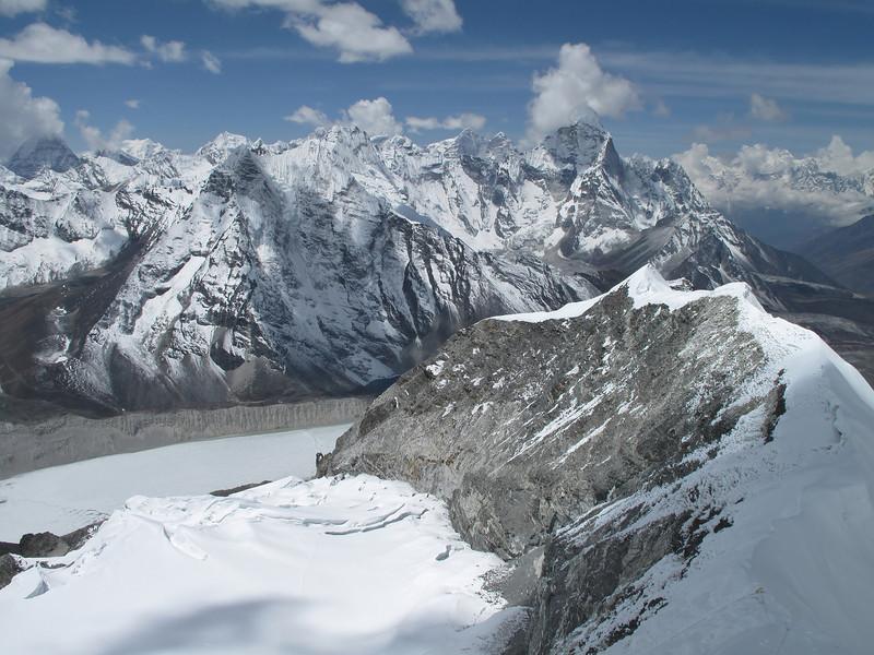 View at the arete of Island Peak 6160m