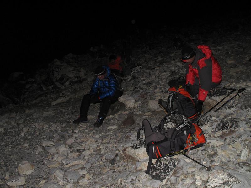 4.08h our first stop, Island Peak Base Camp 5000m-Island Peak summit 6160m