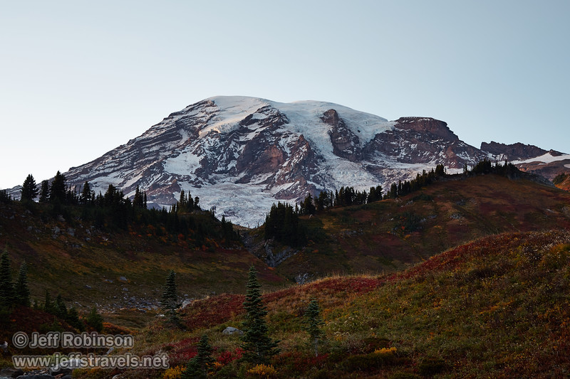 (9/9/2015, Myrtle Falls trail, Mt. Rainier NP)<br /> EF24-105mm f/4L IS USM @ 47mm f/8 8s ISO100