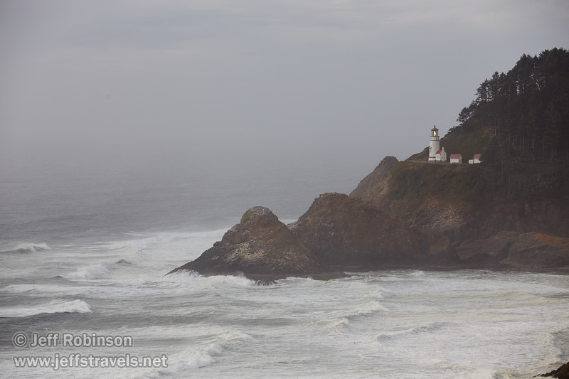 (8/29/2015, Heceta Head Lighthouse, OR)<br /> EF70-200mm f/2.8L IS II USM @ 145mm f/6.3 1/800s ISO200