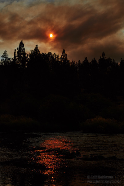 The red sun through a smoke cloud and its reflection in the Deschutes River (8/18/2017, Cline Falls State Scenic Viewpoint, Madras eclipse trip)<br /> EF24-105mm f/4L IS II USM @ 50mm f8 1/2000s ISO100
