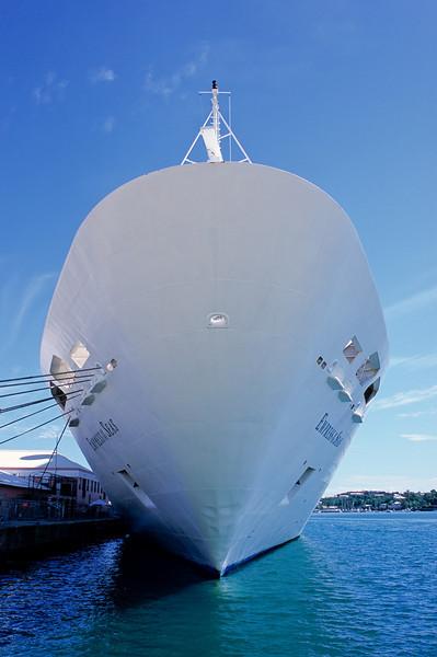 Cruise ship in Hamilton harbor.