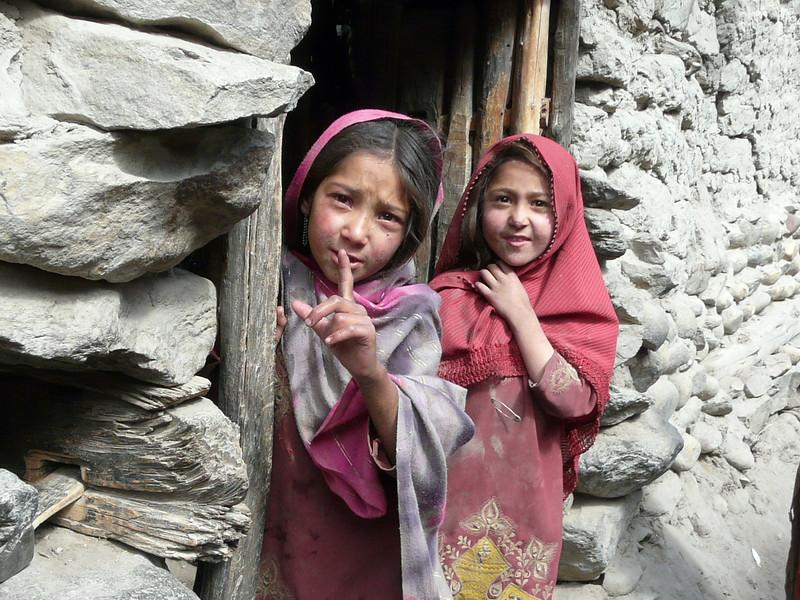 Pakistani girls (Skardu 2268m.)