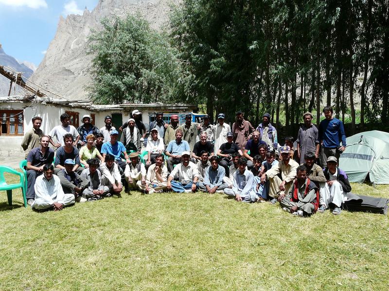 55 porters, 7 staff and 11 members of the trekking (Skardu 2268m.)